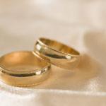 Обручальные кольца: выбор и влияние.