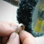 Чистка и полировка ювелирных изделий: чем и как правильно делать