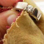 Как ухаживать за обручальным кольцом?